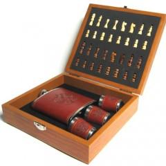 Шахматный набор с флягой и стаканами