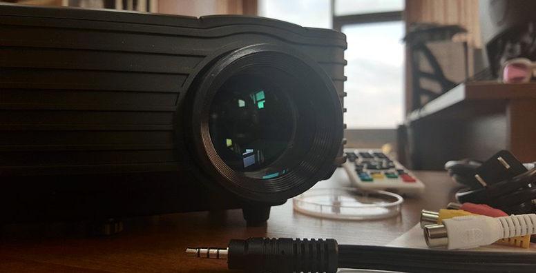 LED проектор RD805