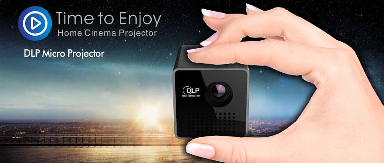 DLP проектор UNIC P1