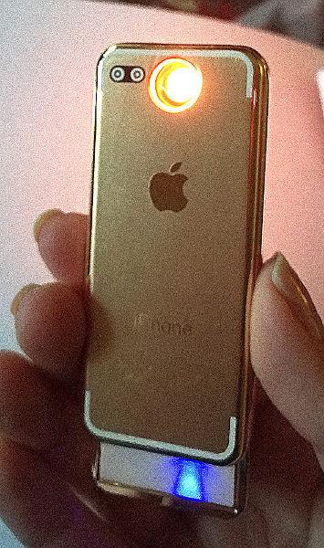 Зажигалка iPhone 8
